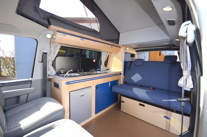 Dan and Tanya T5 blue interior